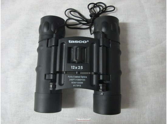 Бинокль Tasco 12х25 черный