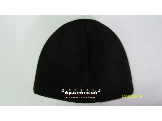 шапка черная вязаная на флизе