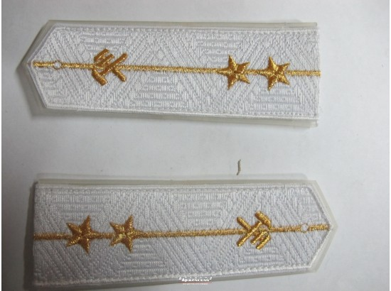 Погоны ЖД белый младший две звезды (паркет блатной)